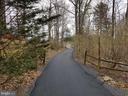 Long  asphalt private driveway. - 13712 PRYOR RD, THURMONT