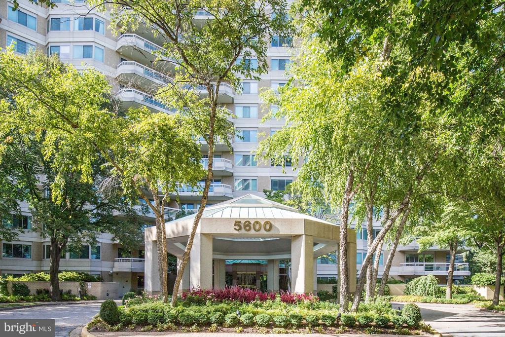 Entrance - 5600 WISCONSIN AVE #1-507, CHEVY CHASE