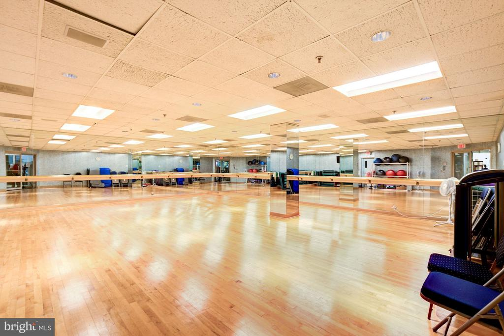 Fitness Center - 5600 WISCONSIN AVE #1-507, CHEVY CHASE