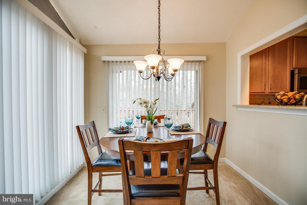 Dining room with lots of natural light - 3704 LAKEVIEW PKWY, LOCUST GROVE