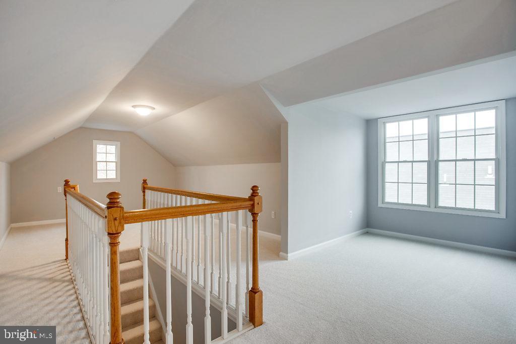 4th Bedroom / Finished Attic - 3514 7TH ST N, ARLINGTON
