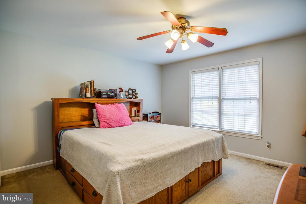 Main Level Bedroom 1 - 13412 FOX CHASE LN, SPOTSYLVANIA