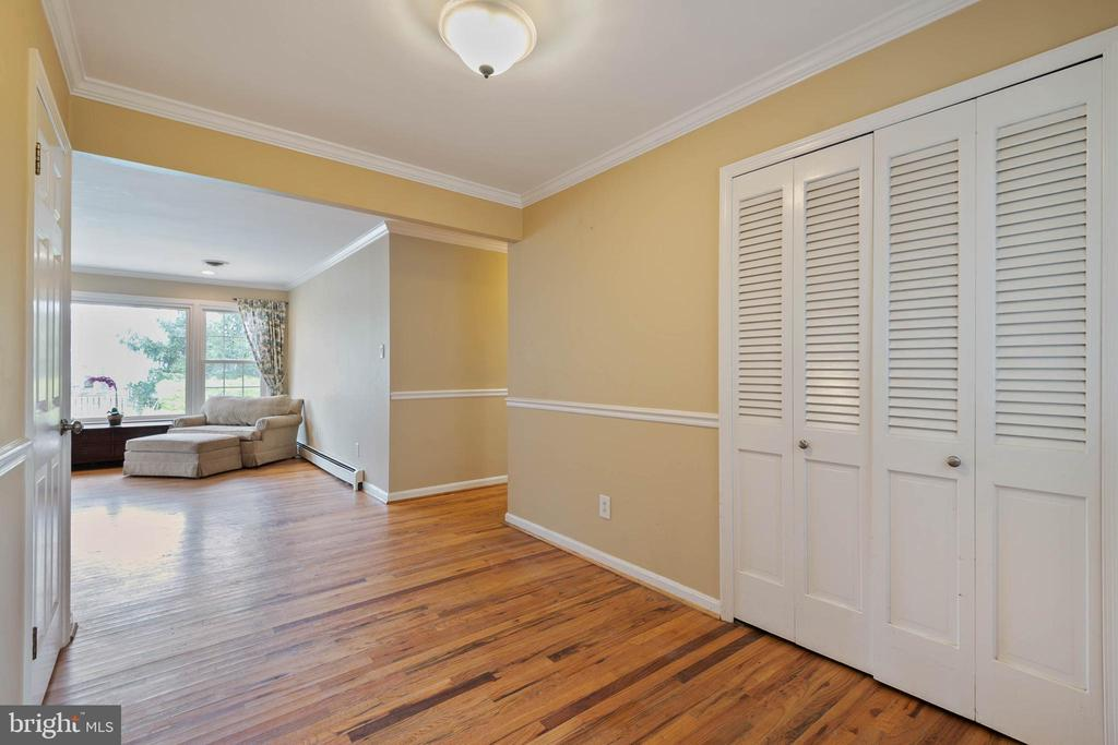 Foyer - 15520 JONES LN, GAITHERSBURG