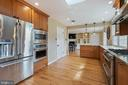 Renovated Kitchen with SS appliances - 15520 JONES LN, GAITHERSBURG