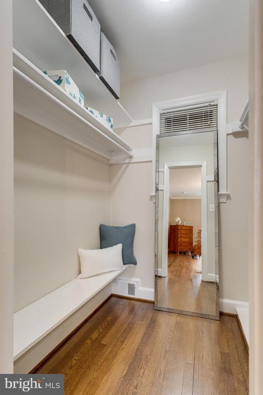 Bedroom # 1 with Walk In Closet/Plenty of Storage - 3216 N ABINGDON ST, ARLINGTON