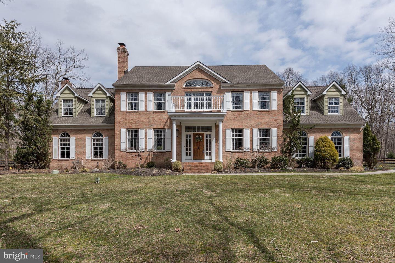 Частный односемейный дом для того Продажа на 2 HUNTERS Lane Tabernacle, Нью-Джерси 08088 Соединенные ШтатыВ/Около: Tabernacle