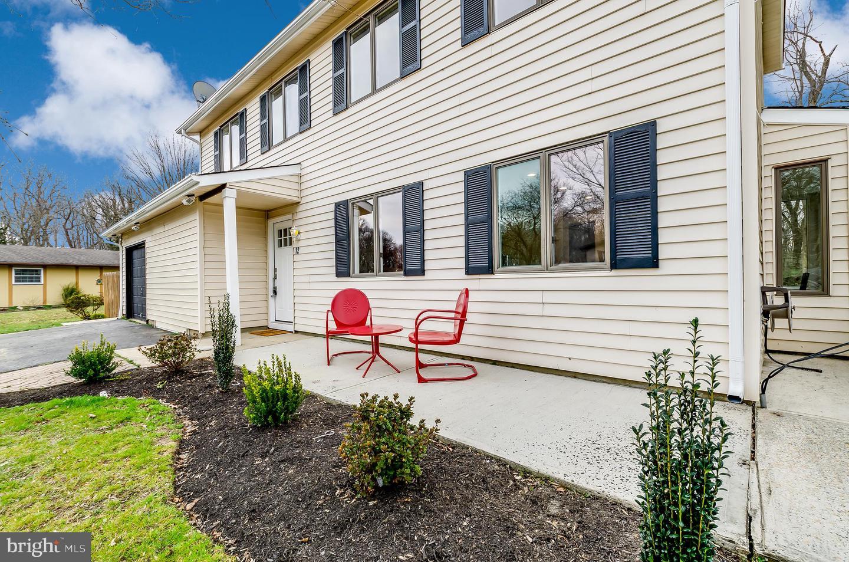 Villa per Vendita alle ore 12 GLOUCESTER Court Mount Holly, New Jersey 08060 Stati Uniti