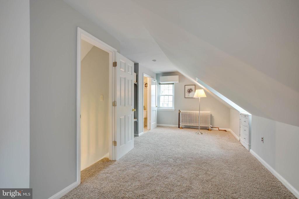 Master bedroom - 9200 FLOWER AVE, SILVER SPRING