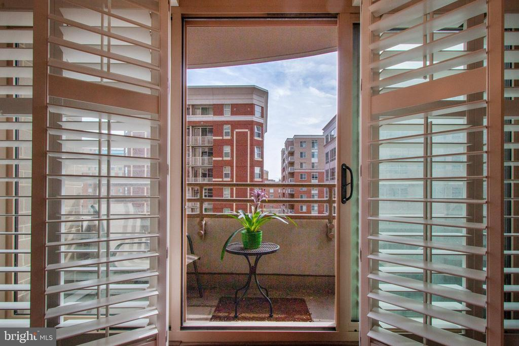 Plantation shutters open to a  private balcony~ - 888 N QUINCY ST #610, ARLINGTON
