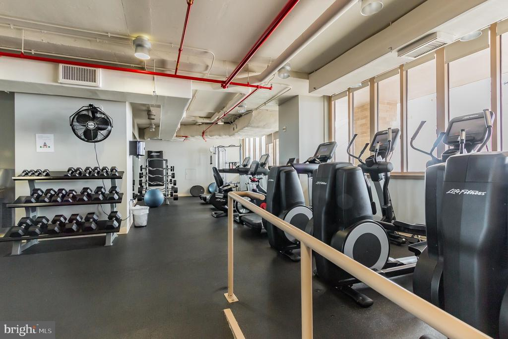 fitness center. - 888 N QUINCY ST #610, ARLINGTON