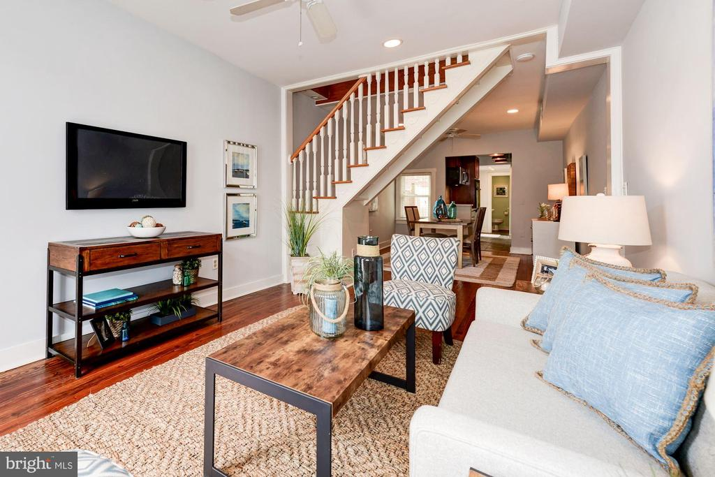 Living Room - Opens Beautifully to Dining Room! - 523 N PATRICK ST, ALEXANDRIA