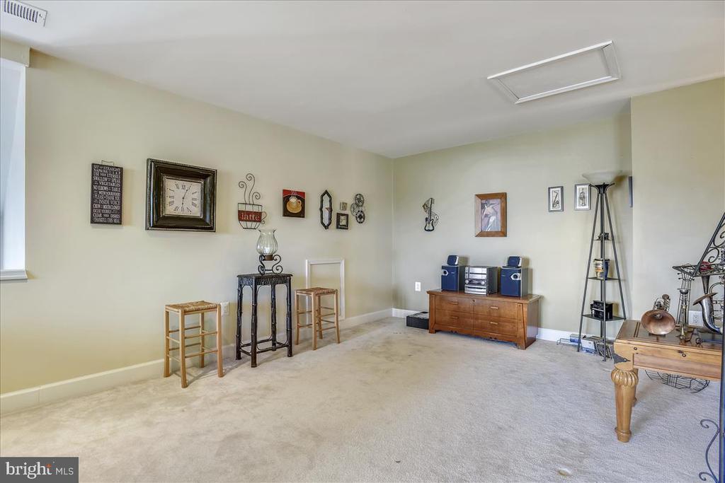 spacious loft - 44482 MALTESE FALCON SQ, ASHBURN