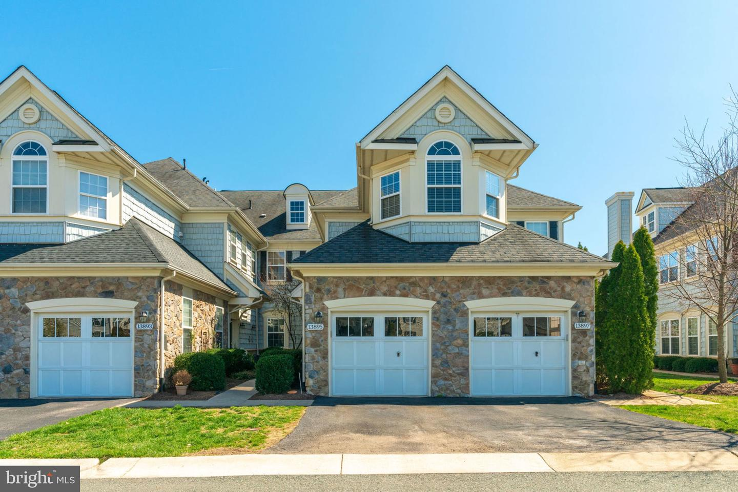 Single Family for Sale at 13895 Gullane Dr #101 Woodbridge, Virginia 22191 United States