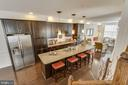 Oversized Island with Granite Countertops - 23098 SUNBURY ST, ASHBURN
