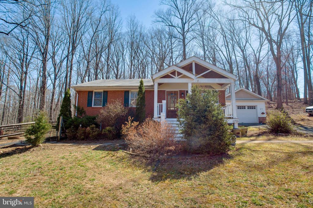 Welcome home!! - 5755 PILGRIMS REST RD, BROAD RUN
