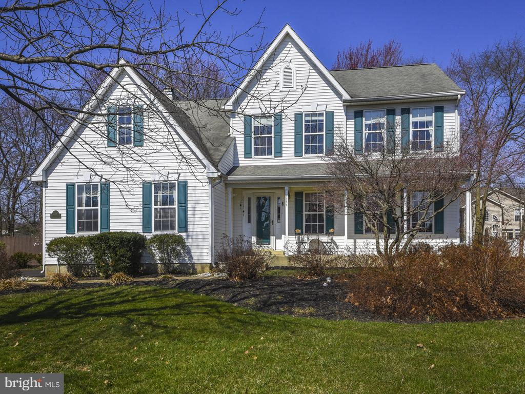 1258  WOODTHRUSH COURT, Yardley, Pennsylvania