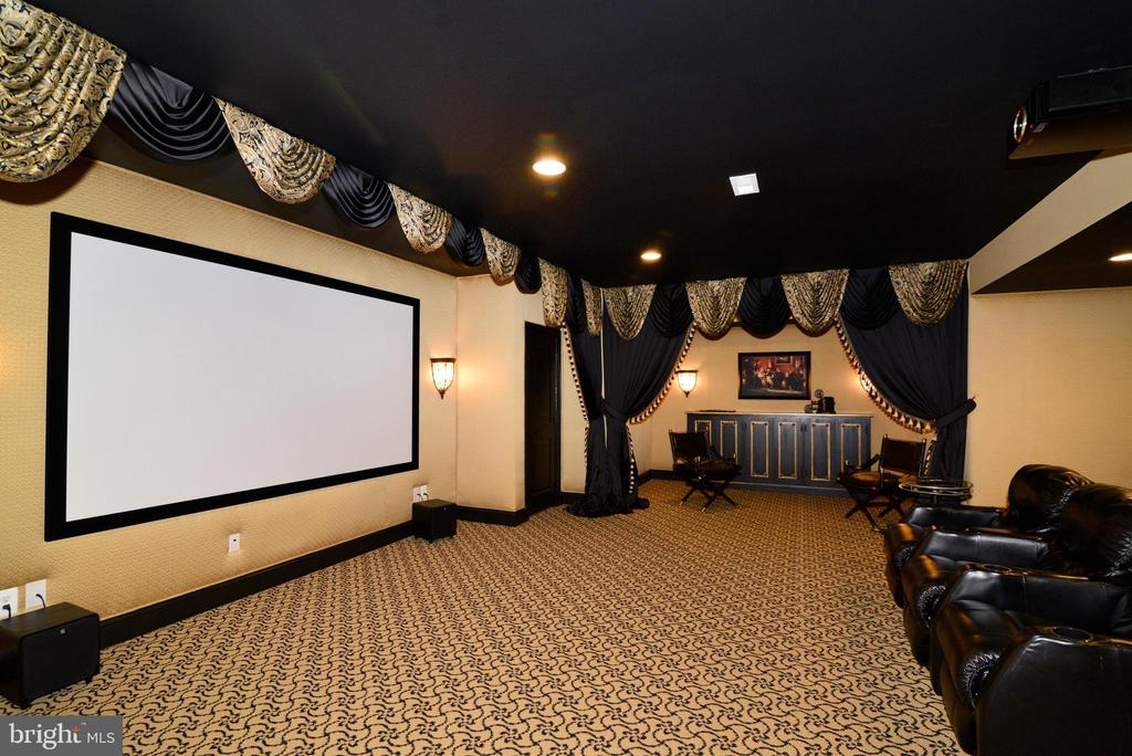 Movie Room - 1635 ADMIRALS HILL CT, VIENNA
