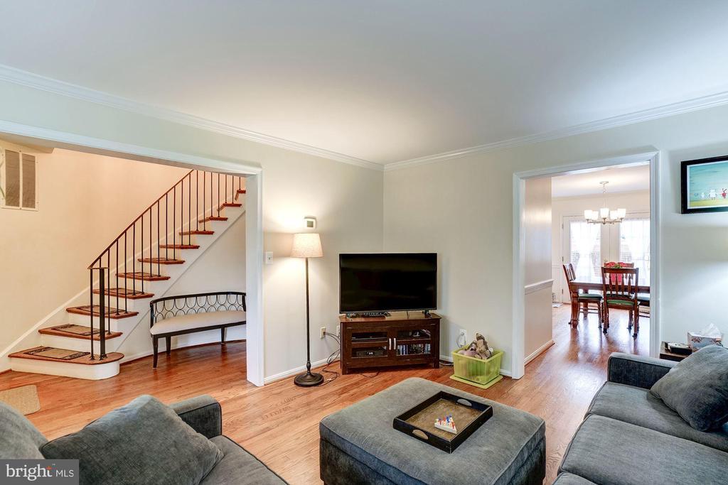 Living Room - 8441 FORRESTER BLVD, SPRINGFIELD
