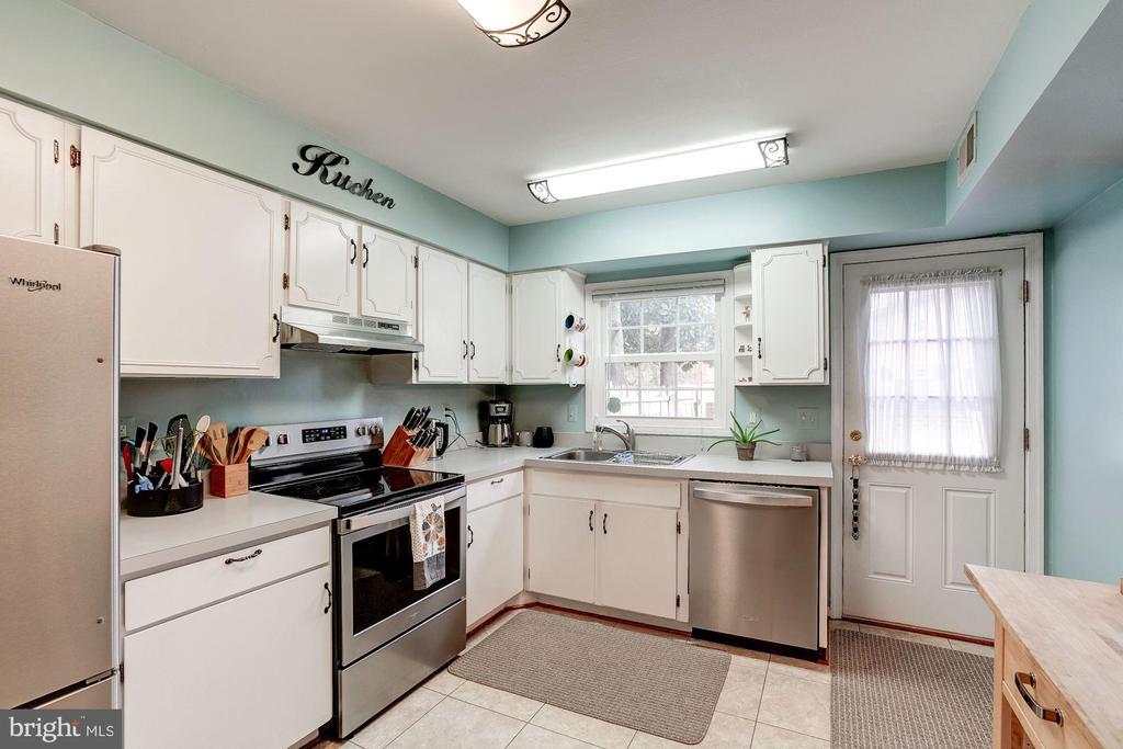 Kitchen - 8441 FORRESTER BLVD, SPRINGFIELD