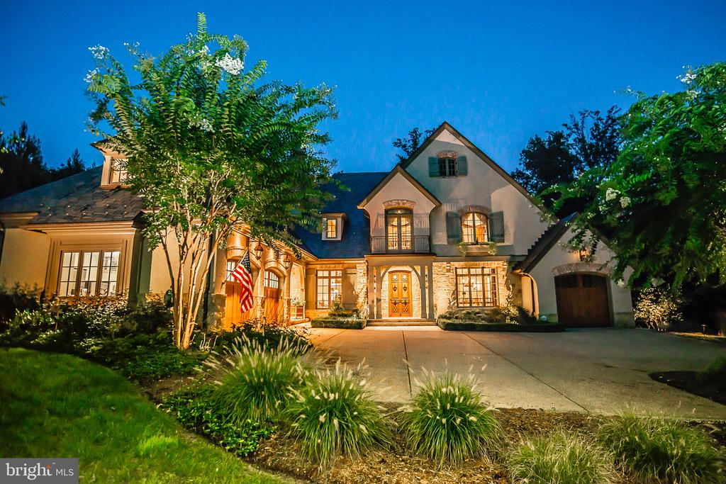 French Country Estate by renowned Galileo Group - 6126 FRANKLIN PARK RD, MCLEAN