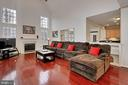 Dramatic 2-Story Family Room - 42669 SILVERTHORNE CT, BROADLANDS