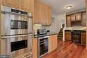 Built-In Ovens & 2 Beverage Coolers - 42669 SILVERTHORNE CT, BROADLANDS