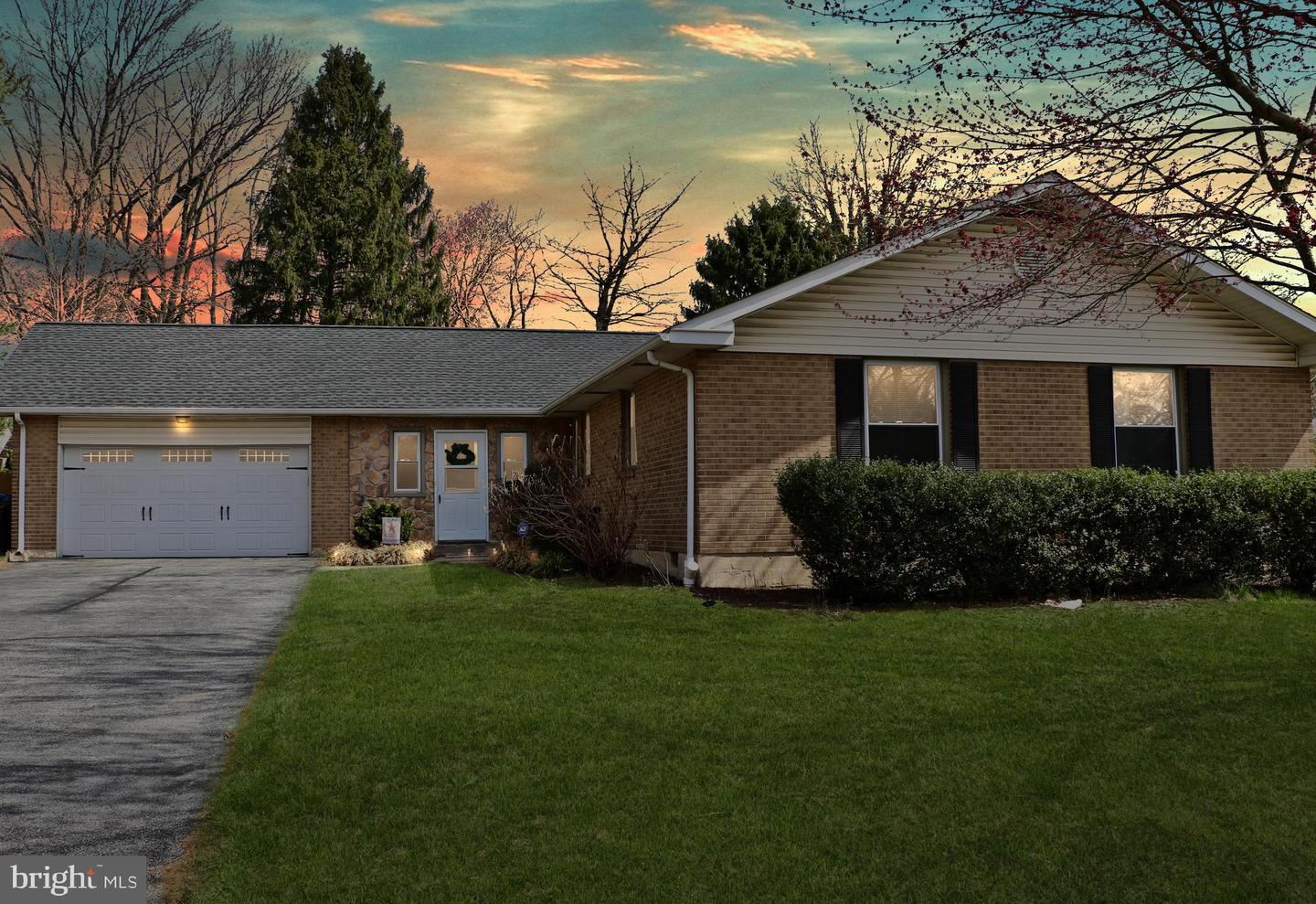 Photo of home for sale at 2307 Silverside Road, Wilmington DE