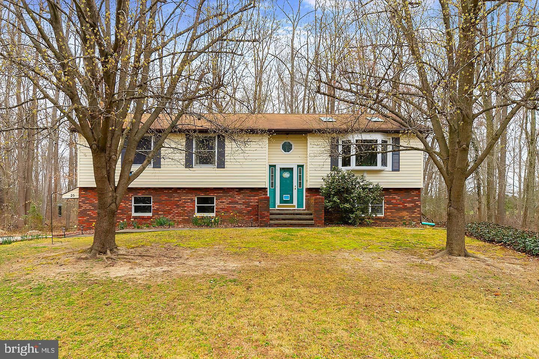 Частный односемейный дом для того Продажа на 25 WILD OAKS Salem, Нью-Джерси 08079 Соединенные Штаты
