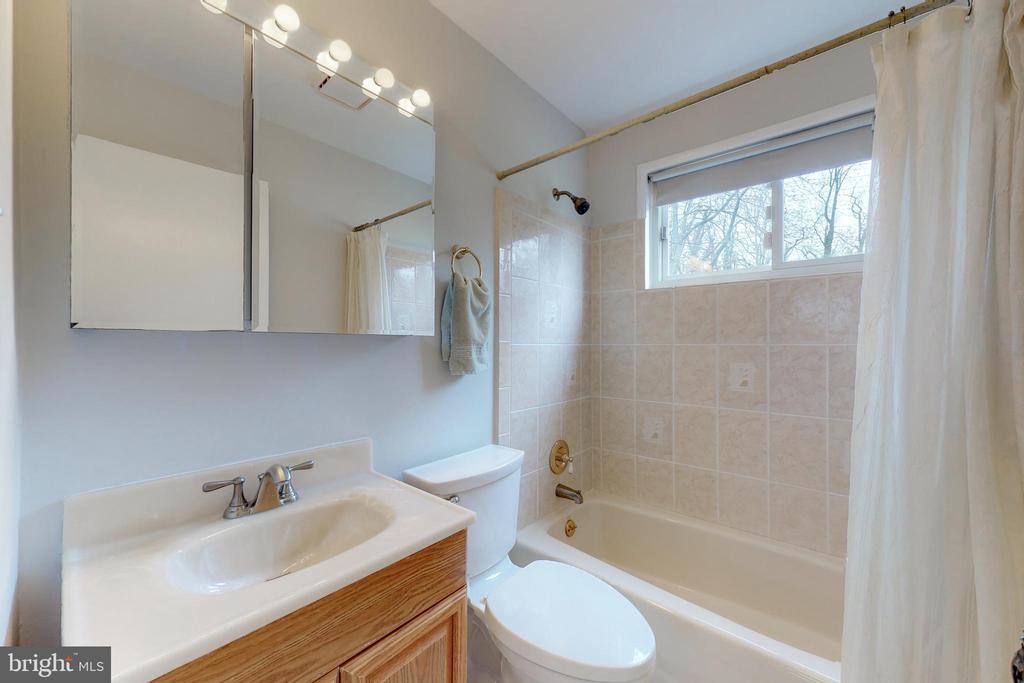 Full Bath Main Level - 7415 JERVIS ST, SPRINGFIELD
