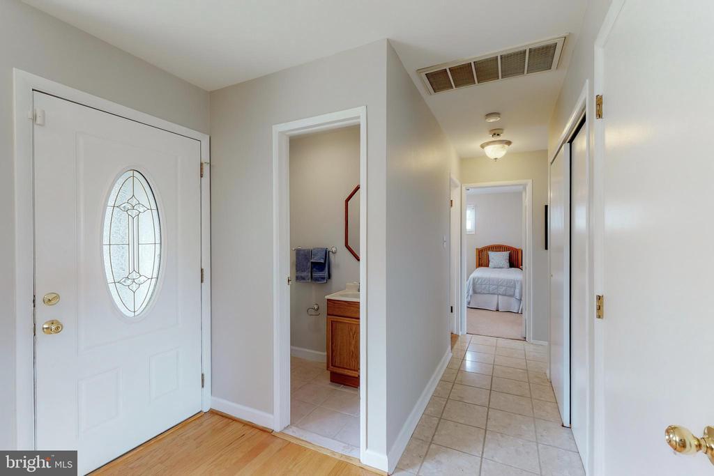 Front Door Hall Way - 7415 JERVIS ST, SPRINGFIELD