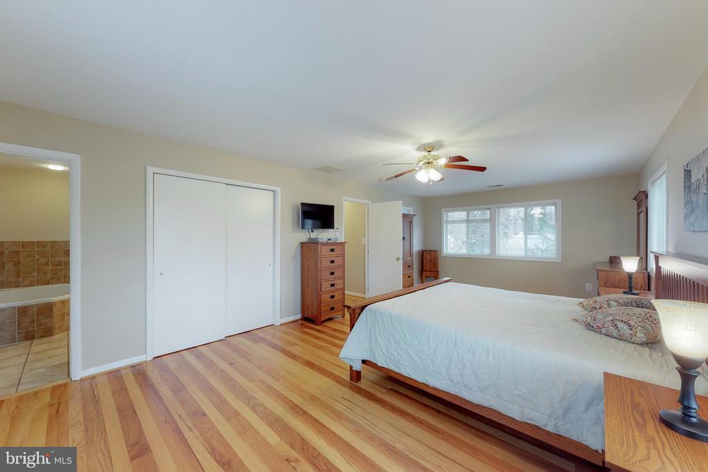 Master Bedroom Upper Level - 7415 JERVIS ST, SPRINGFIELD