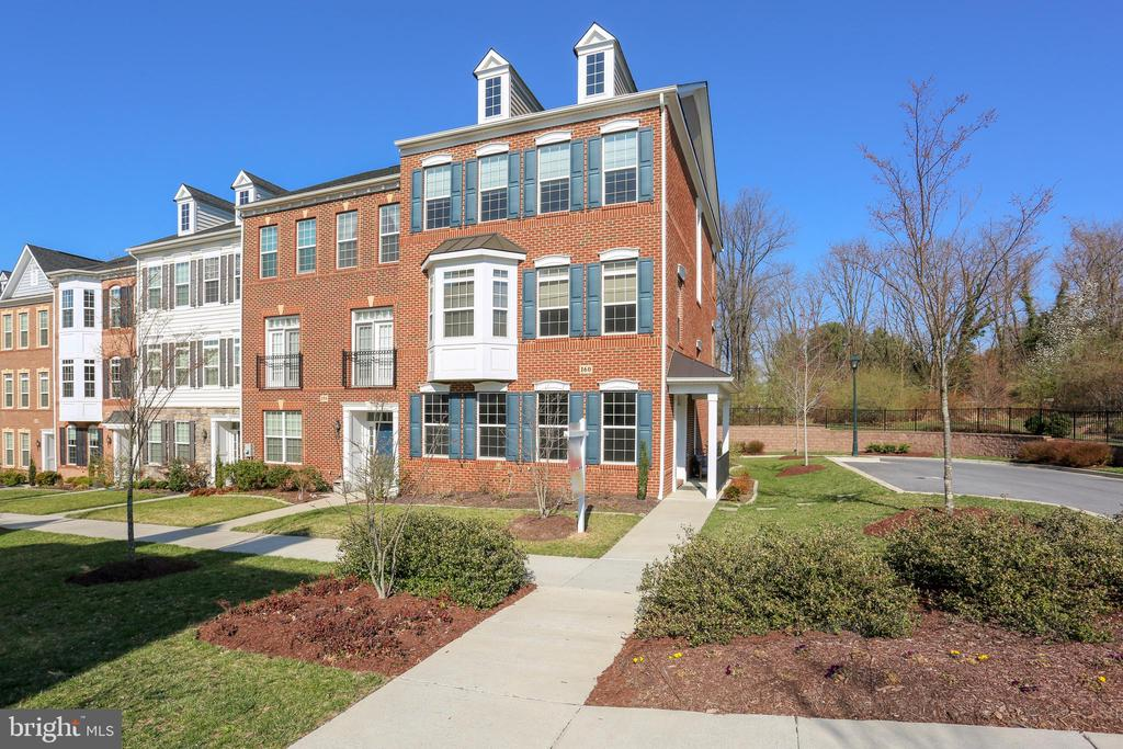 160  AUTUMN VIEW DRIVE, one of homes for sale in Gaithersburg