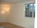 Generous Master Bed Room - 16299 TACONIC CIR #89F, DUMFRIES