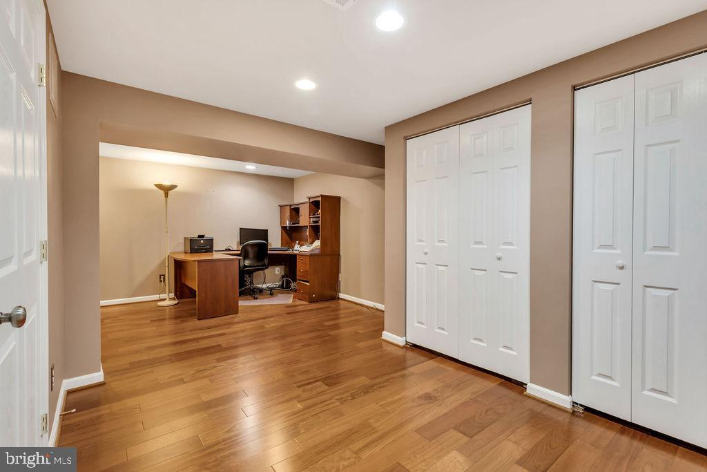 Space for so many options - 5597 CEDAR BREAK DR, CENTREVILLE