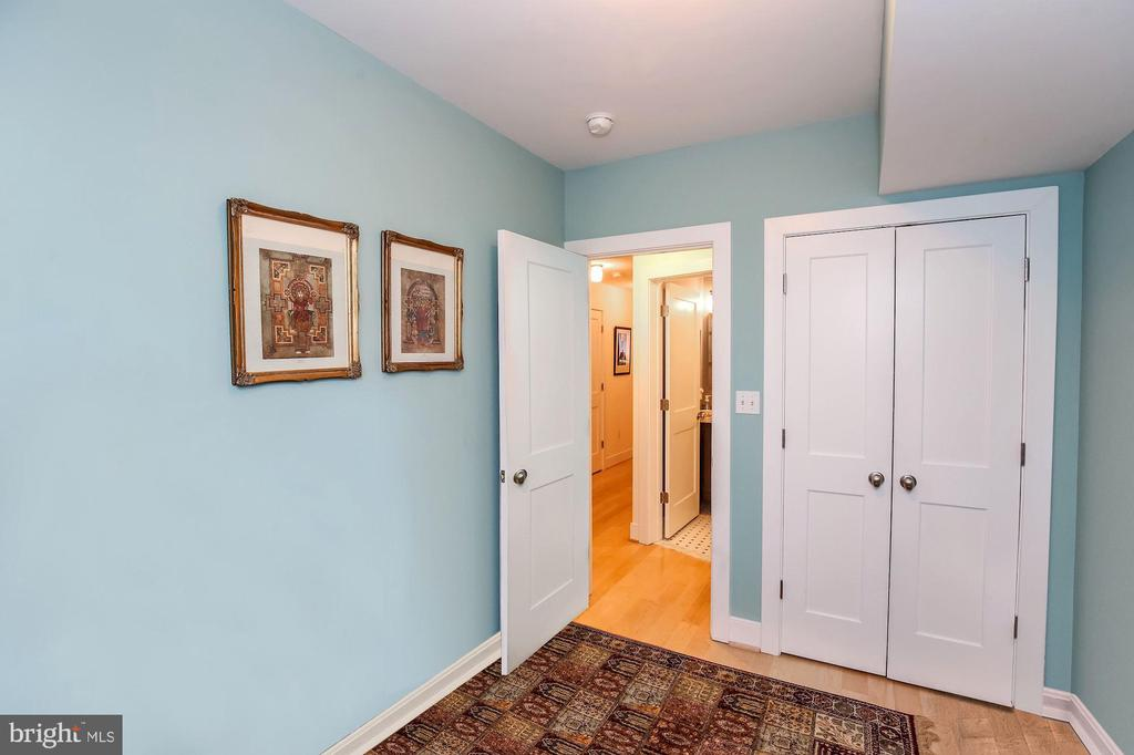 Third bedroom or large den - 1641 13TH ST NW #A, WASHINGTON