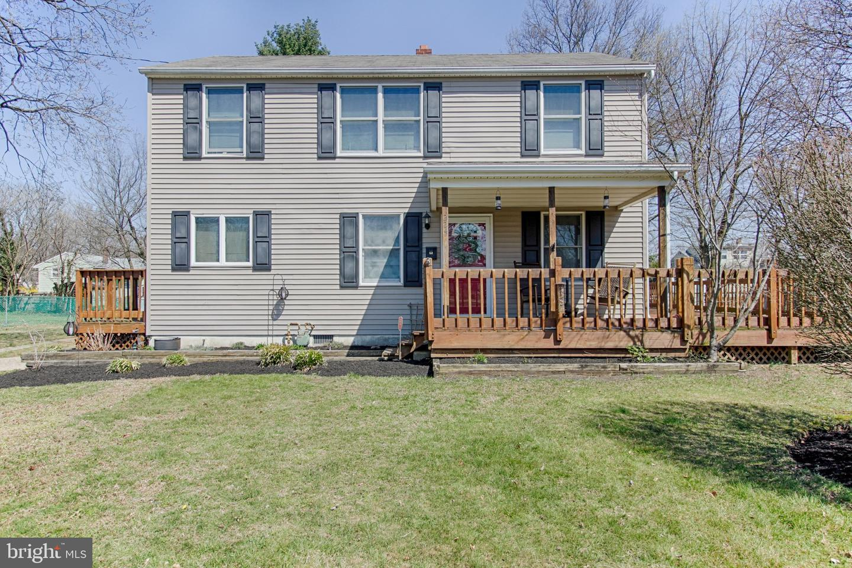 Villa per Vendita alle ore 224 PEACHTREE Lane Delanco, New Jersey 08075 Stati Uniti