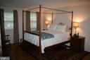 FURNISHED MASTER BEDROOM - 4312 SOUTHWOOD DR, ALEXANDRIA