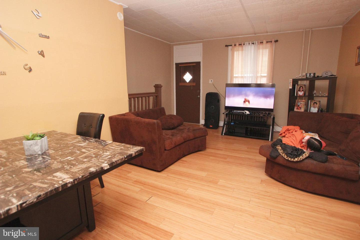 Photo of home for sale at 139 Milton Street, Catasauqua PA