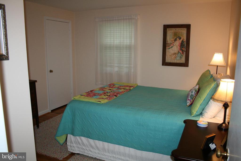 FURNISHED FOURTH BEDROOM - 4312 SOUTHWOOD DR, ALEXANDRIA
