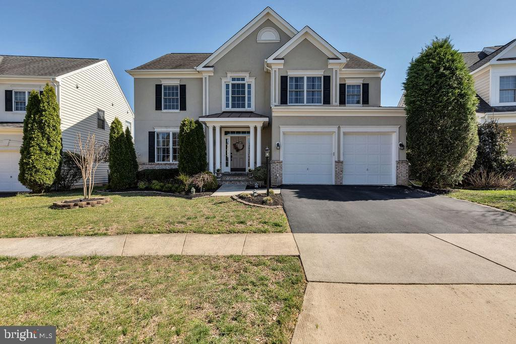 Welcome to your new home! - 43769 FARMSTEAD DR, LEESBURG