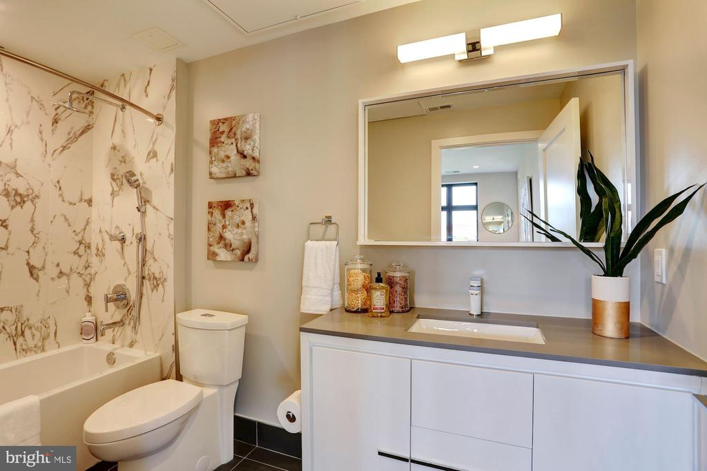 Pictures are of model home* - 1345 K ST SE #T5, WASHINGTON