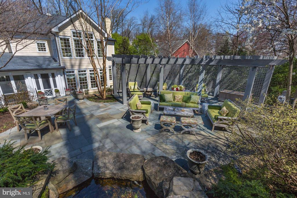 View from upper level of yard-- patio & pergola - 224 W WINDSOR AVE, ALEXANDRIA