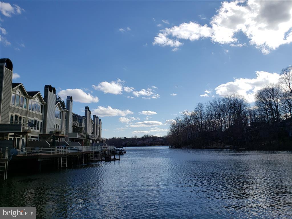 Lake Thoreau (across the street) - 1942 LAKEPORT WAY, RESTON