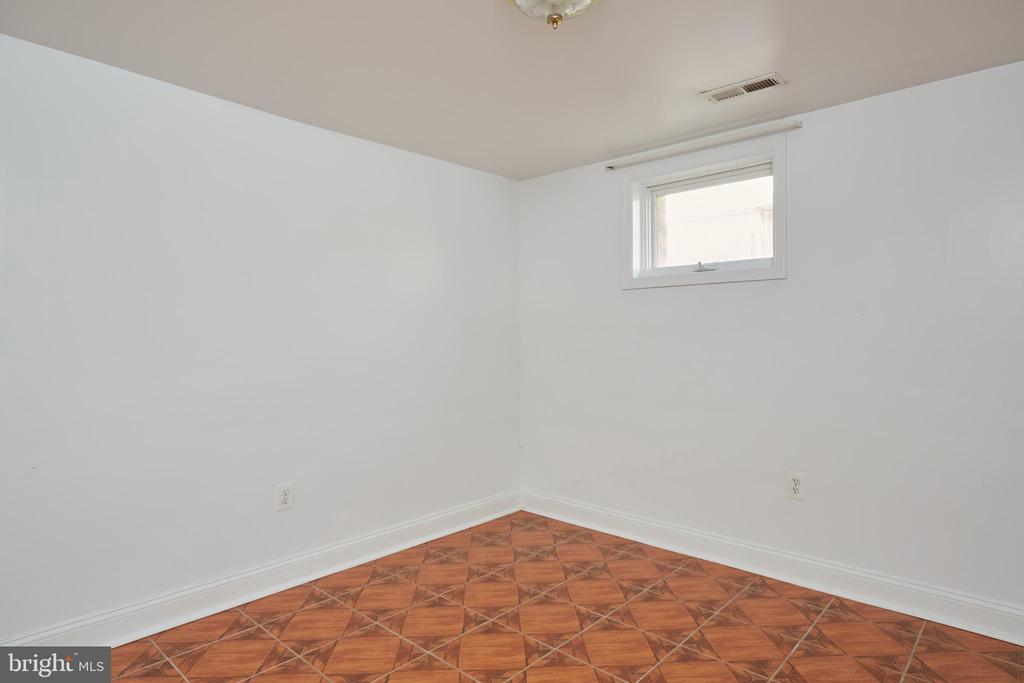 Lower Level Flex Space Number One - 3549 GORDON ST, FALLS CHURCH