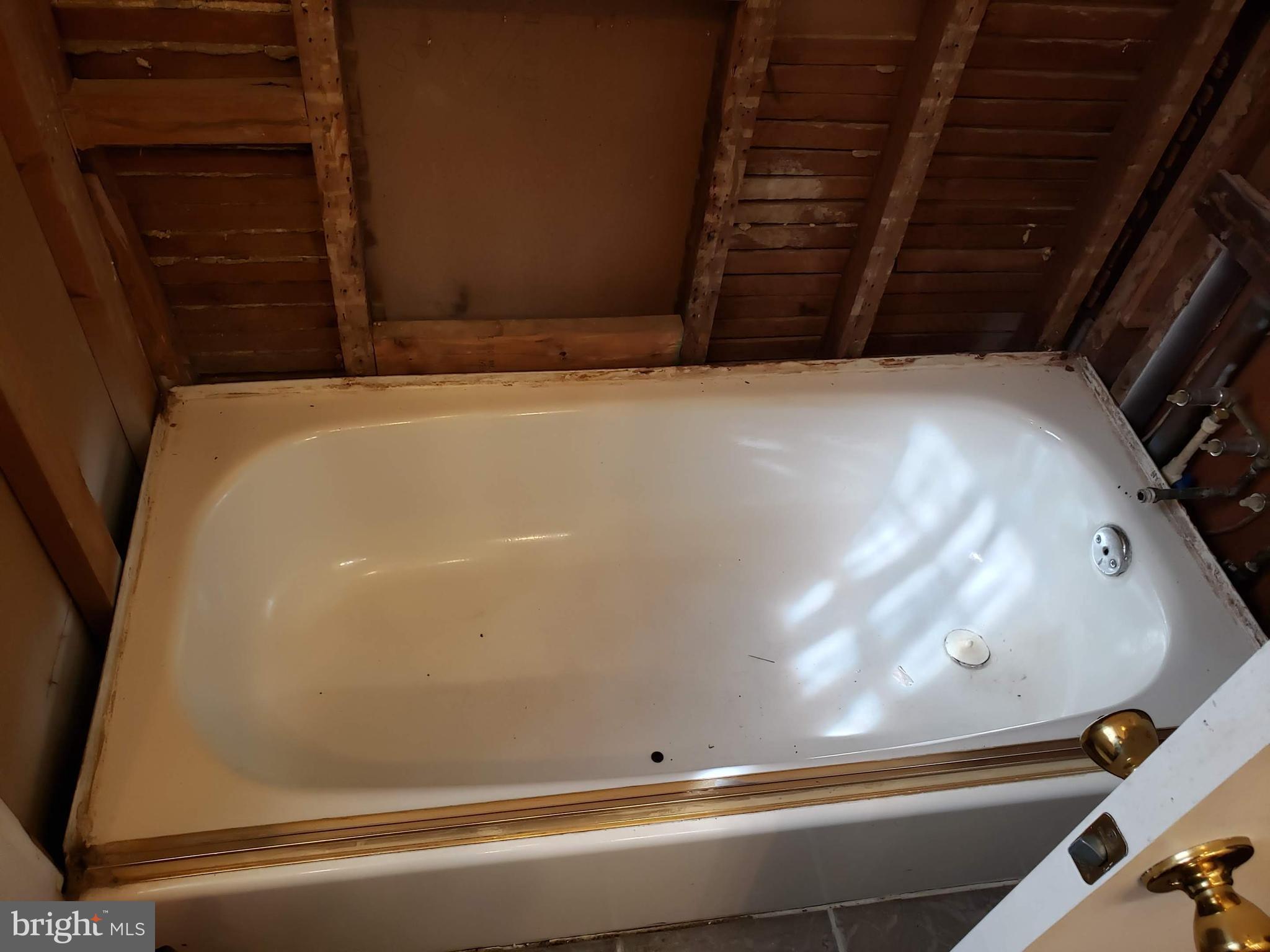 Tub was being refurbished