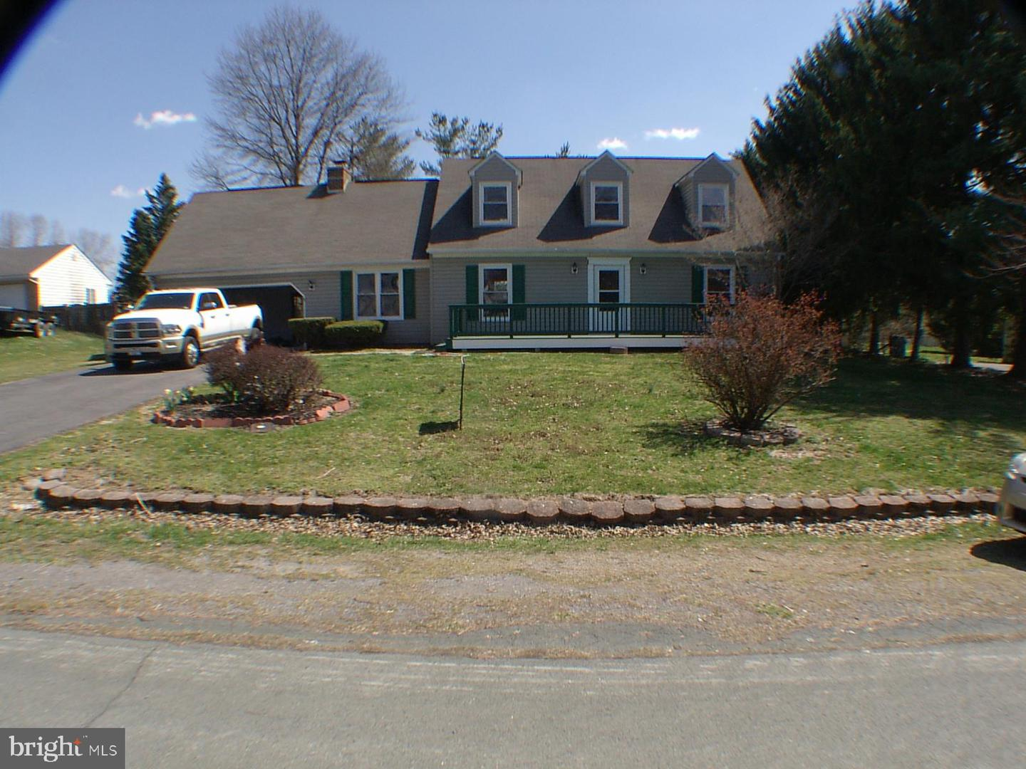 Single Family for Sale at 118 Halifax Ave 118 Halifax Ave Stephens City, Virginia 22655 United States