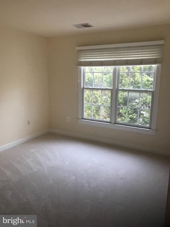Bedroom 2 - 8913 GRIST MILL WOODS CT, ALEXANDRIA