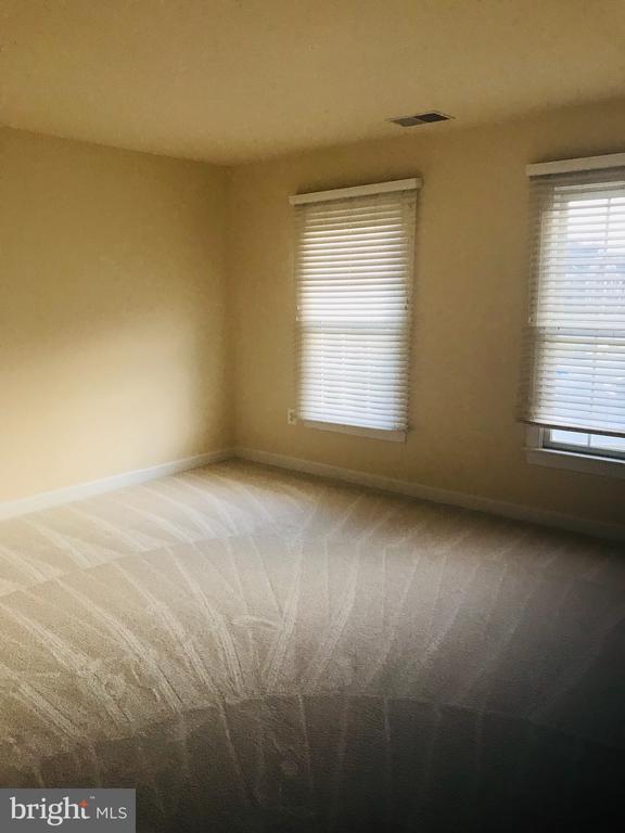 Bedroom 3 - 8913 GRIST MILL WOODS CT, ALEXANDRIA