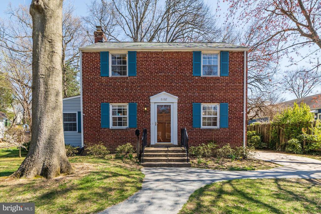 6102  BROOK DRIVE, Falls Church, Virginia