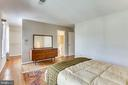 3rd Level Master Bedroom - 2102 MILITARY RD, ARLINGTON